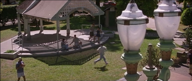 woodsborosquare_screencap